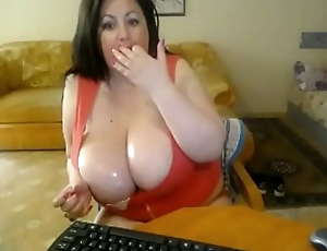 chunky milf in the air huge sweaty breasts