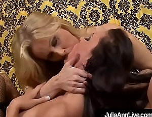 Hot Sexy Milfs Julia Ann &amp_ Jessica Jaymes Eat Each Other In foreign lands