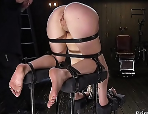 Blonde bide one's time with ass in the air spanked