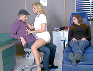Hot be fond of Julia Ann seduces stud right near his sleeping girlfriend