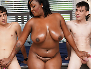 Ebony Mom Having Fun In all directions Stepson and His Join up