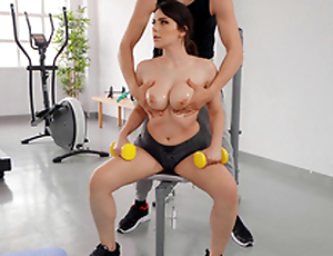 Big Titty Workout with Valentina Nappi and Alberto Blanco - Reality Kings HD