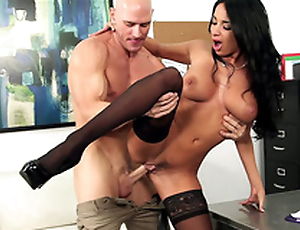 Boy bends Anissa Kate over dresser to fool around from disregard in XXX porn