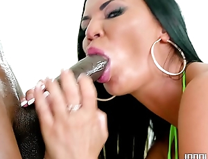 Big Tit MILF Jasmine Jae Gets All Her Holes Filled
