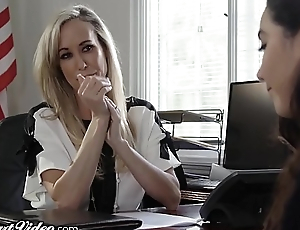 MILF Crammer Brandi Fancy Licked by Lez Student in Office